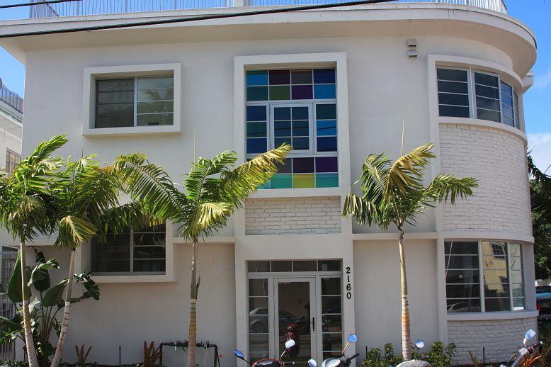 Energy efficient hurricane impact windows hurricane for Best energy efficient patio doors